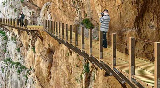 Work going to schedule on the Camino del Rey