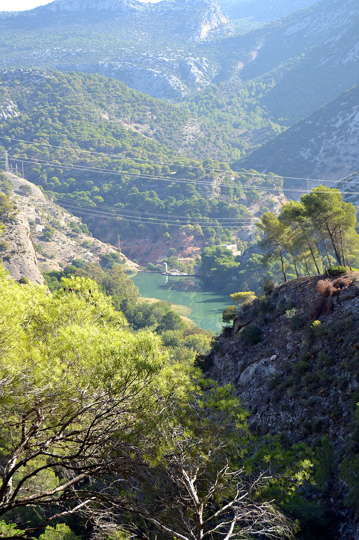 The walk to the Camino del Rey from the Guadalhorce side.