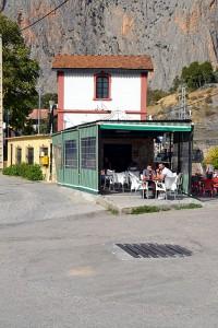 El Chorro train station bar