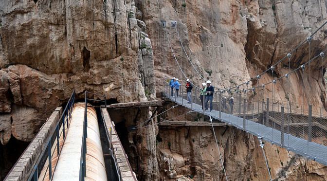 Spectacular views of the Caminito del Rey captured by drone camera